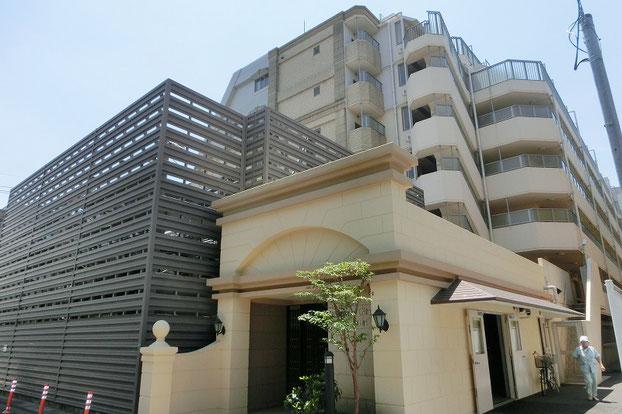 狛江市の中古マンション グランシティ喜多見 【4階・2LDK・75.03㎡】 外観
