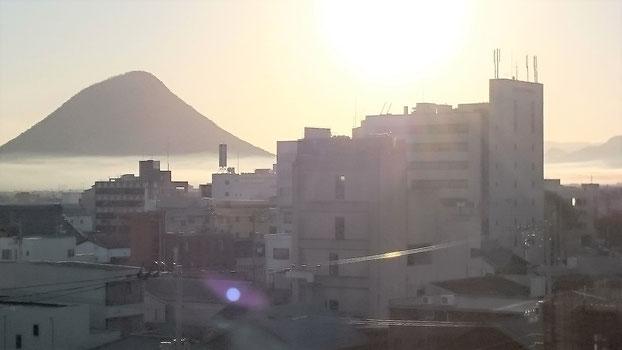 当院デイケアから讃岐富士を望む
