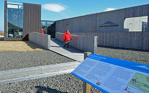 Das Besucherzentrum Snæfellsstofa für das Ostgebiet des Vatnajökull Nationalparks.