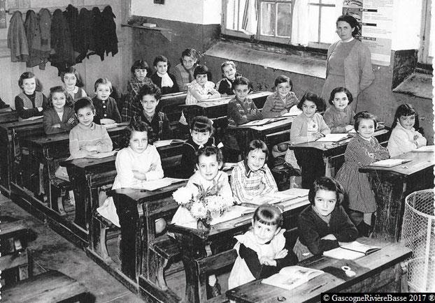 école des filles plaisance du gers élémentaire primaire rue sainte-quitterie annés 50