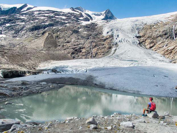 An der Gletscherzunge - einfach nur atemberaubend schön, oder?