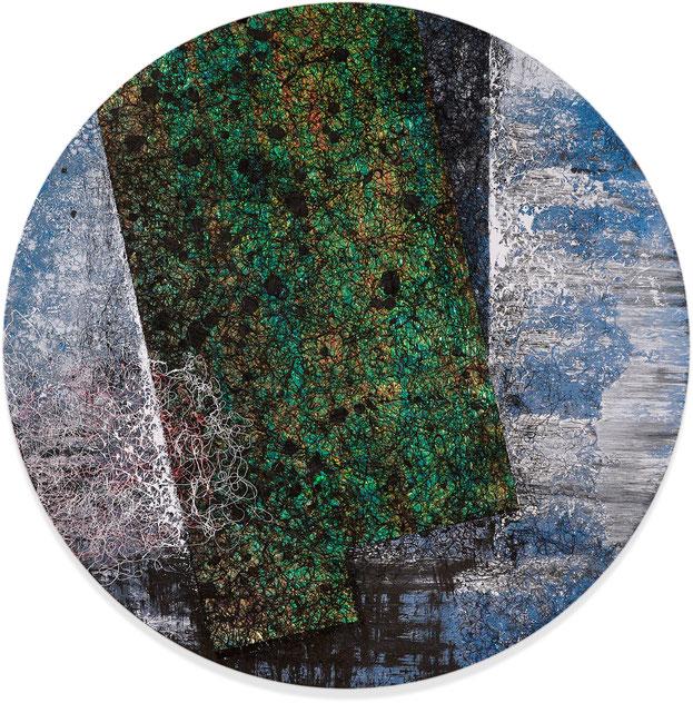 Katharina Lehmann, The Space Within, Ø 100 cm / 39 in, 2019 · Acrylic, foil, thread on canvas