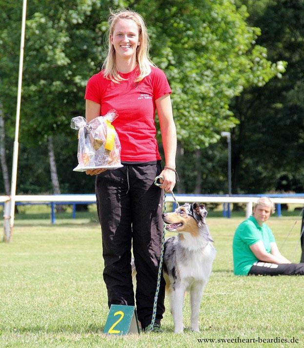Jenny mit Tammy Jumping3 Platz 2