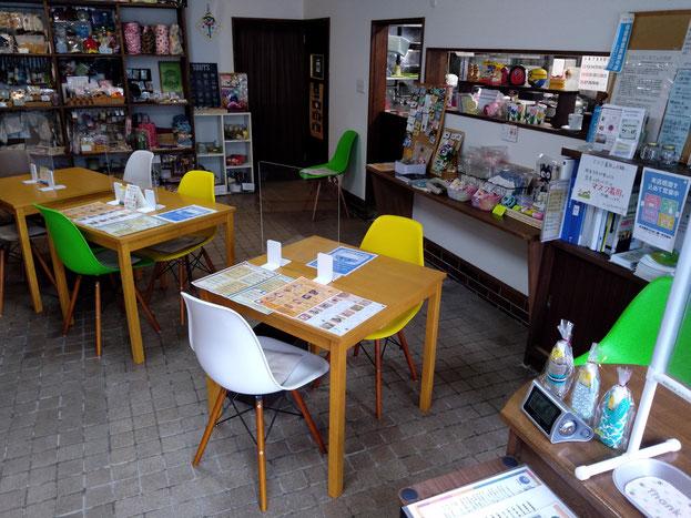 飲食スペース(コミュニティカフェひろば)