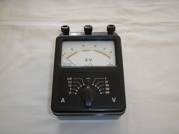 Effektivwert Messgerät der Fa. Siemens & Halske Berlin von 1958