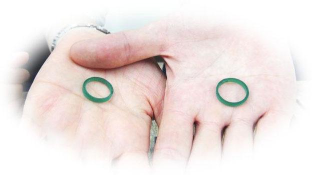結婚指輪の原型をワックスで手作りする