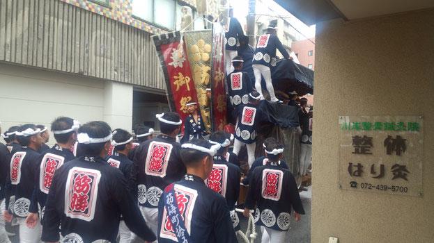 2017年 岸和田だんじり祭り 雨でも関係なくやっています。