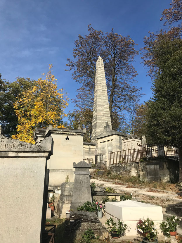 cementerio pere lachaise, turismo en paris, lugares turisticos en paris
