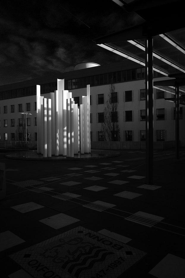 Bonn, monocrom, schwarz-weiss, black and white, Schwarzweissfotografie, kreative Fotografie, Fototipps, Ricoh GRiii, Ricoh GR3, La Bonn heure,