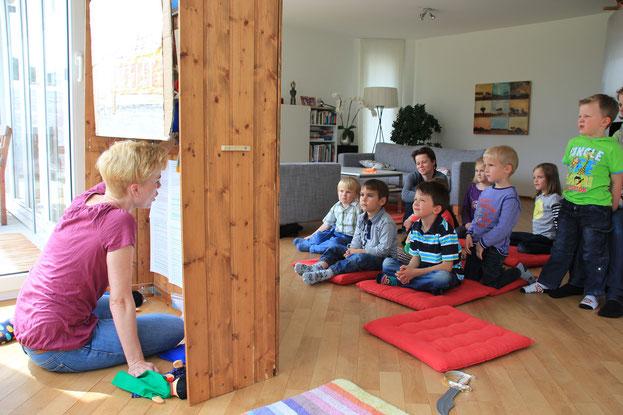 Kasperlitheater Zuhause an Kindergeburtstag