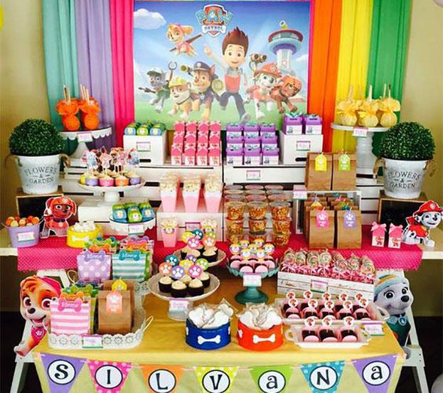 mesa de dulces cumpleaños de la patrulla canina