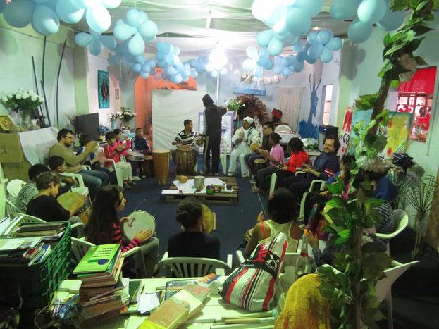 Oficina de percussão afro-brazileira para crianças. Salão dos Orixás da Assobecat