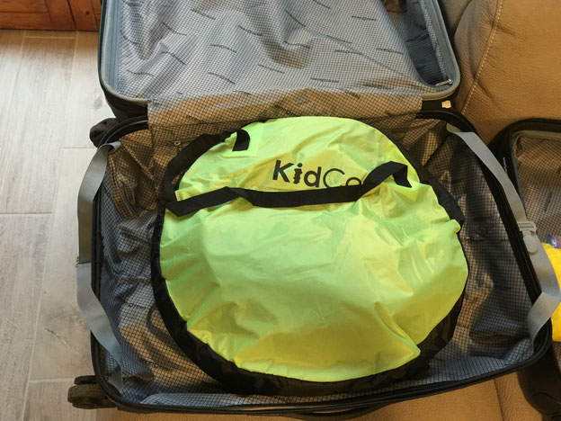 KidCo PeaPod Plus Fits in a Suitcase. Great for family travel.