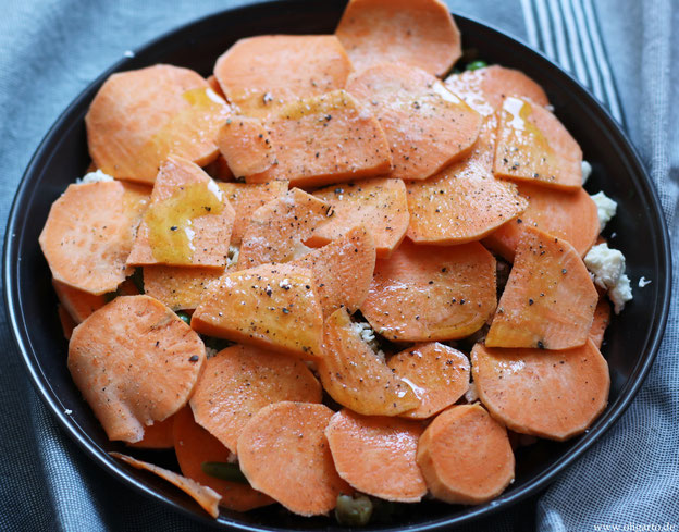 Auflauf mit Süßkartoffeln, Fetakäse und Gemüse Oligarto