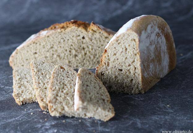 Hausgemachtes Brot mit Kümmel Oligarto Blogzine Olivenöl