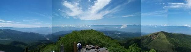 四阿山山頂からの眺め