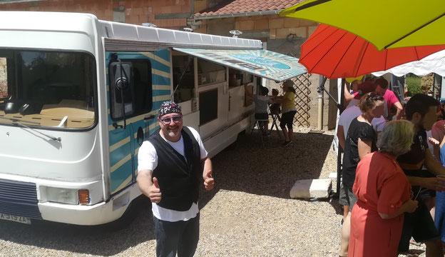 Liberty Saveurs food truck traiteur repas de mariage, food truck brunch, Food truck Rhône 69, food truck boeuf bourguignon ou plats traditionnels, food truck 71 saône et loire.