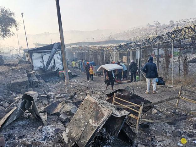 Das abgebrannte Camp Moria auf Lesbos