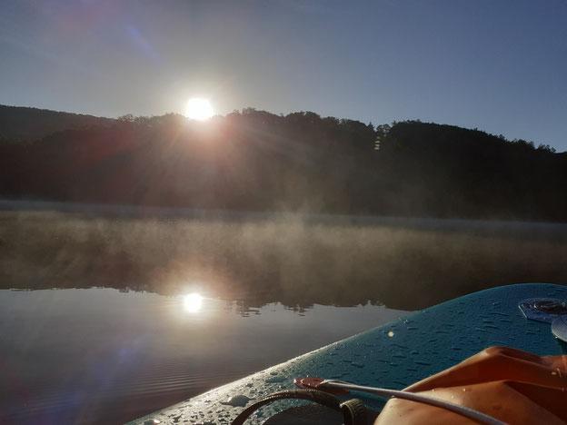 Navigation sur le lac de Chaumeçon...soif de liberté?..à vous les grands espaces!