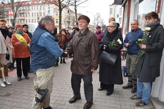 rechts: Andreas Freitag, links: Gunter Demnig