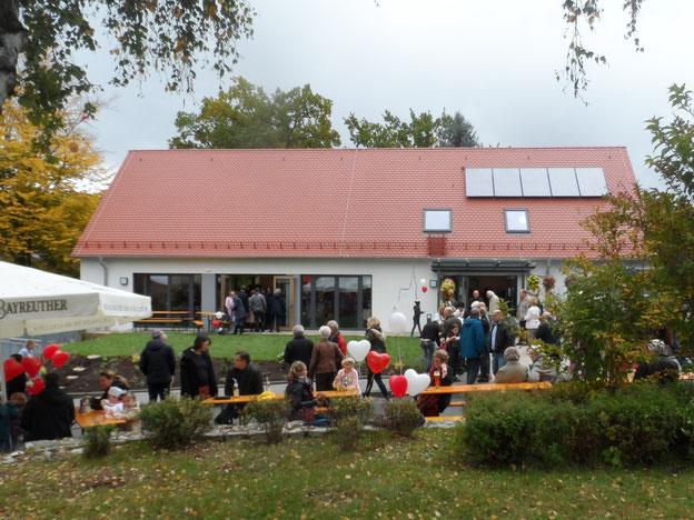 An Erntedank 2017 war auch das Einweihungsfest für das neue Gemeindehaus