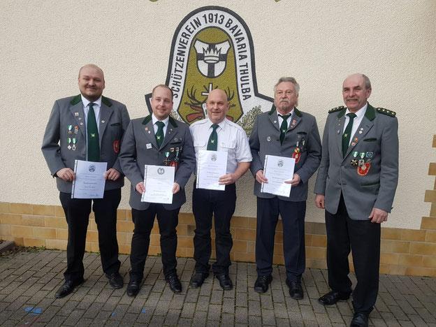Geehrte Nüdlinger Schützen: v.l. F. Eirich, M. Lemberger, M. Rundell, B. Grom, 1. VS R. Hofmann