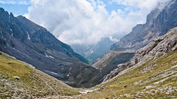 Val dei Cavai dalla sella del Montoz