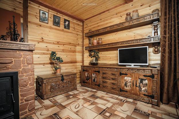 Мебель под старину  из массива
