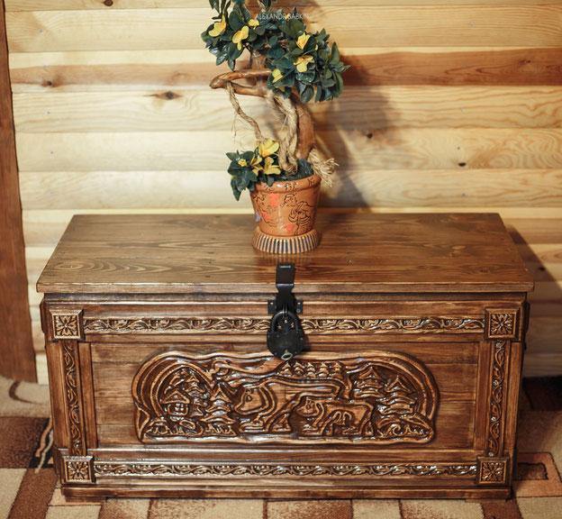 Мебель под старину  из массива сосны, сундук