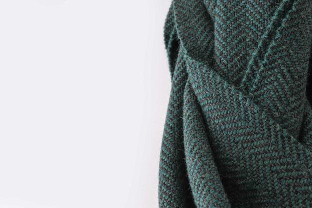 Minimalistischer Schal