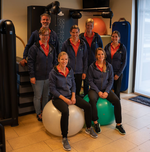 von li n. re: Yvonne Rössli, Marco Groenendijk, Karin Schwarzentruber, Anita Länzlinger, Conny Schumacher, Nadja Kaufmann (nur noch bis Ende April 2021) und Lena Jägli(nur bis Ende 2020 im Team).