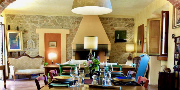 Casafredda dining room, Arezzo, Toscana