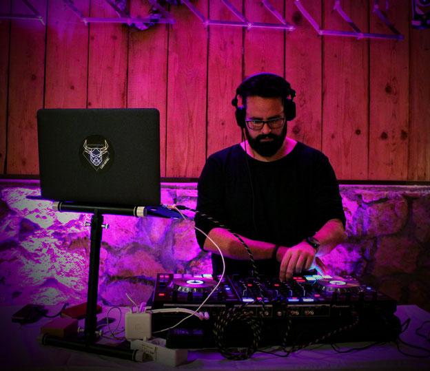 DJ Florio Martinez / Hochzeits-DJ, Event-DJ, Party-DJ, Corporate-DJ für Bremen und Deutschland