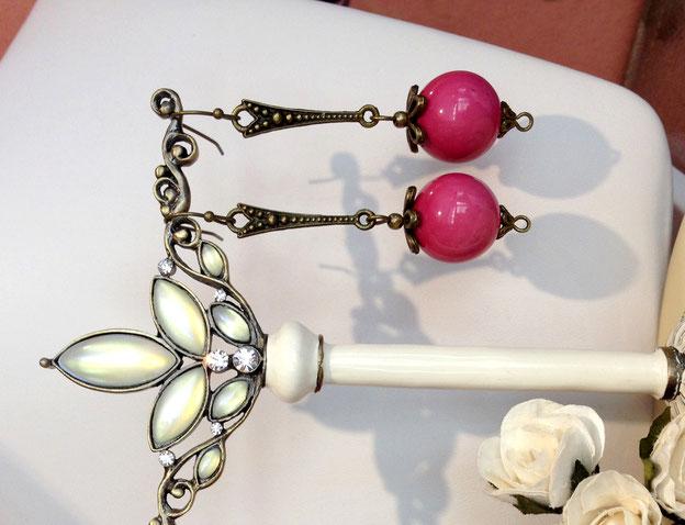 Remède anti-morosité, boucles d'oreilles Carla avec perles en céramique émaillée couleur framboise