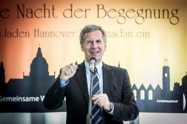 Christian Wulff wirbt bei der Langen Nacht der Begegnung für einen verstärkten Dialog mit dem Islam.