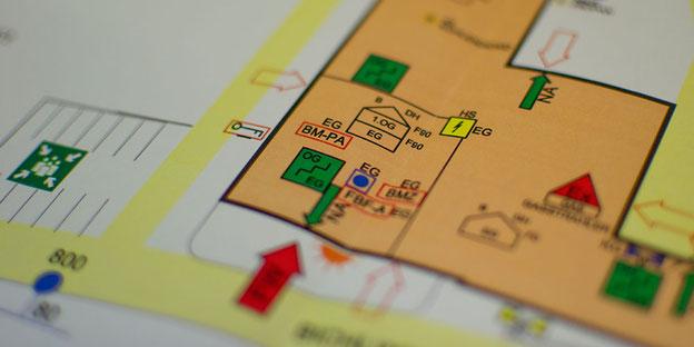 Sie planen einen Neu- oder Umbau. Beratung und Planung ist im Feuerschutz dringend Notwendig. Die Sachverständigen der IM Brandschutz GmbH unterstützen Sie von Anfang an.