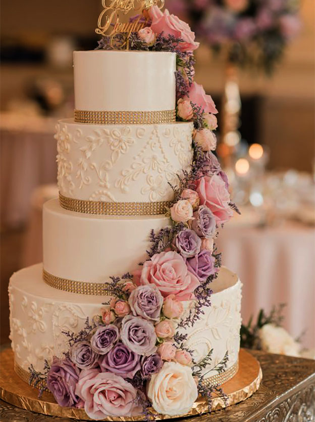 torta-para-boda-elegante-tamaño-mediano