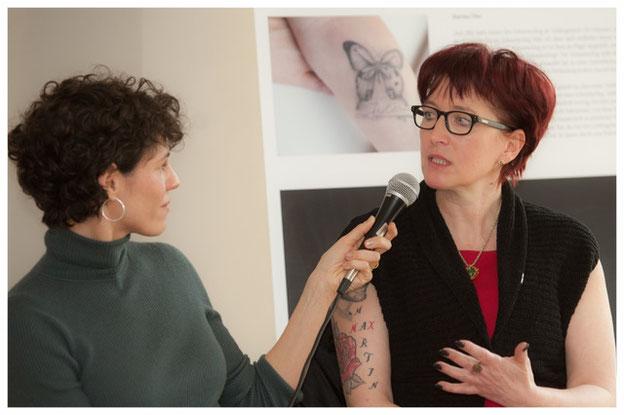 v.l. Jasmin Gerat, Gabi Schroth