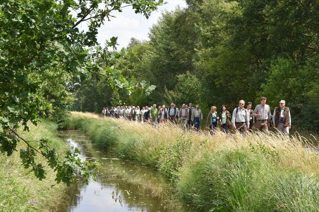Im Rahmen des Bundesjägertages fand eine Exkursion ins Bremer Blockland statt. Quelle: Kapuhs/DJV