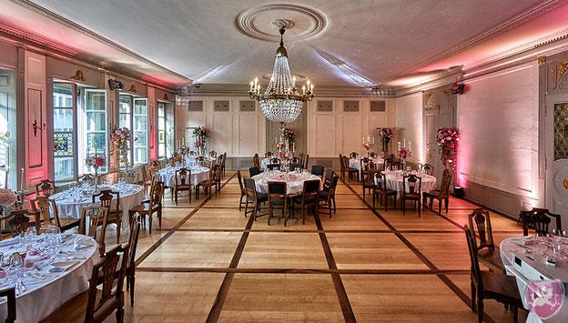 Saal der Maskenliebhaber Luzern Fasnacht Hochzeit Heiraten Wedding DJ Benz