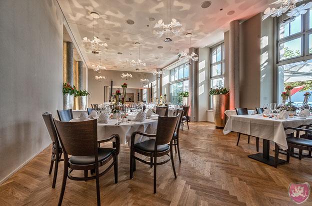 Seerestaurant Bellevue Brunnen Hochzeit Fest feiern DJ Benz