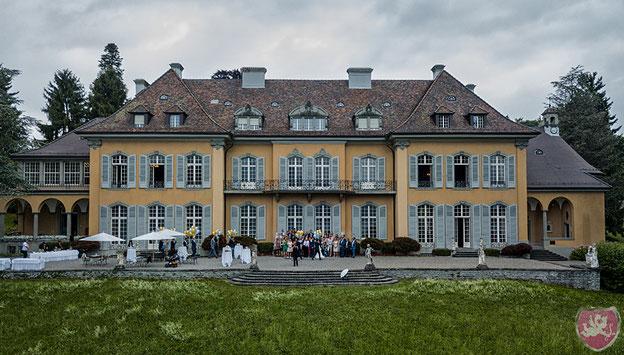 St. Charles Hall Meggen Hochzeit Heiraten Wedding Vierwaldstättersee DJ Benz