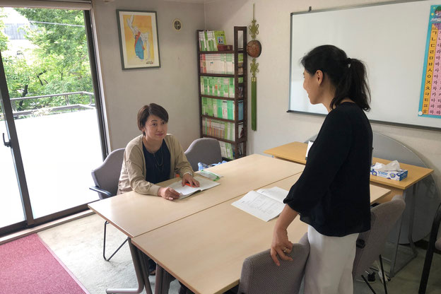 안은정(アン ウンジョン)先生の授業風景