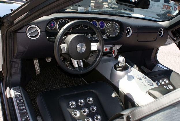 Interior of the Ford GT (produced in 2006)