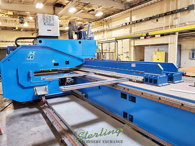 The FSW machine has a 7.62 m (25 inch) railed travel bed. The complete machine has an estimated weight of 18.4 t (40,500 lb)