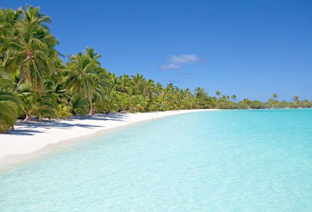 Les brochures touristiques emploient parfois l'expression « mer de cristal » ou « eaux cristallines » pour décrire l'eau transparente, étincelante et turquoise des plages paradisiaques encore préservées de toute pollution.