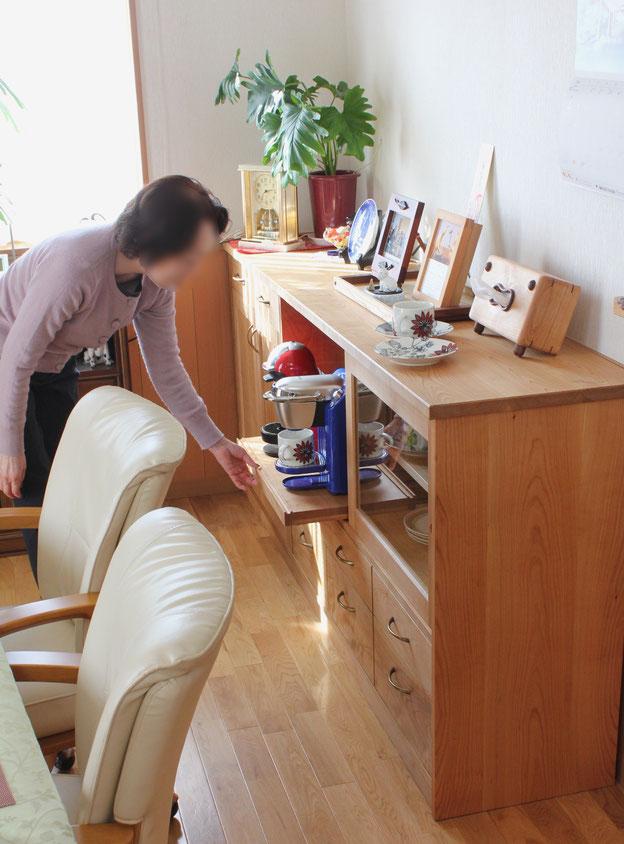 ダイニングルームで使う多機能サイドボード(横浜市・Y様邸)