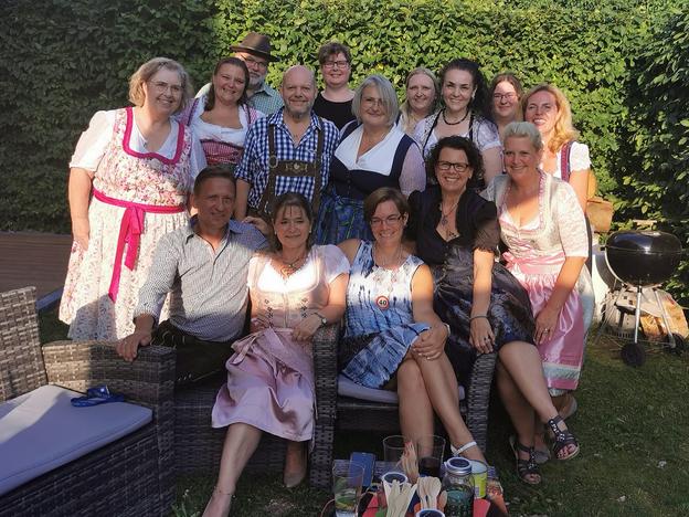 Einige Teilnehmer der Adipositas Selbsthilfegruppe München Altperlach im Sommer 2021