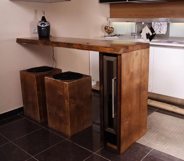Барная стойка из массива дерева,барная стойка в стиле лофт,барная стойка деревянная