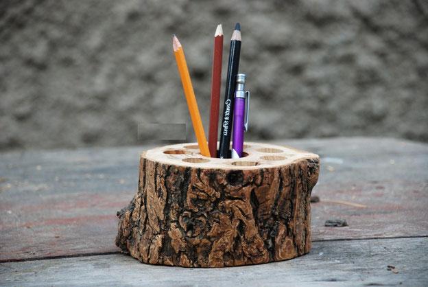 органайзер канцелярский,деревянный,из массива дерева